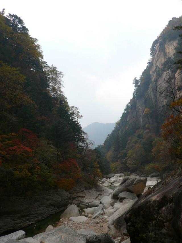 내금강의 가을풍경.jpg