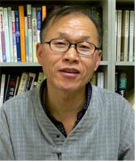 윤창화 민족사 대표.png