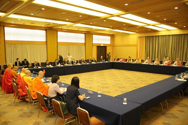9월 12일 오전에 열린 삼국 교류위원회 회의.jpg