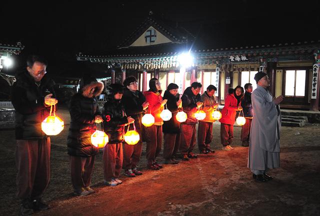 해맞이 템플스테이 한국불교문화사업단 (1).jpg