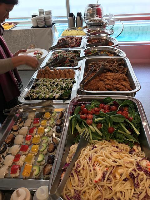 6. 베지나랑 음식사진.jpg