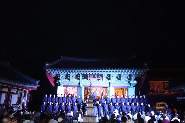 20190729_창원합창단이 노래하고 있다.jpg