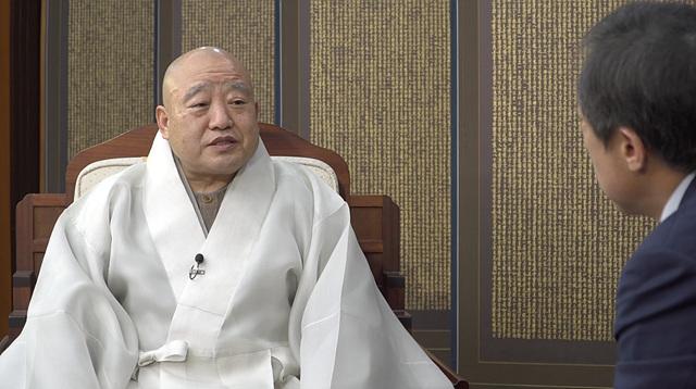 원행스님신년특별대담프로그램 사진2.jpg