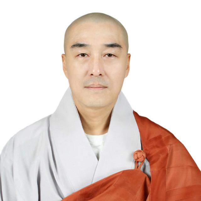 제17대 중앙종회의원 각성스님1.jpg